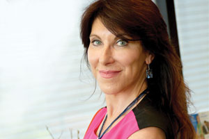 Dr. Lisa Bunin